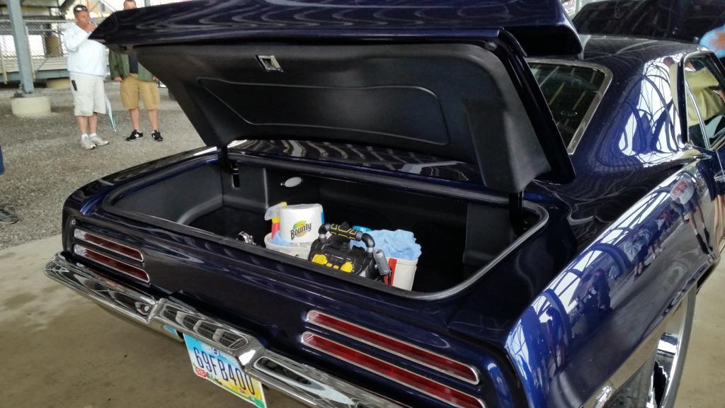 Amr - 69 bright blue resto mod trunk