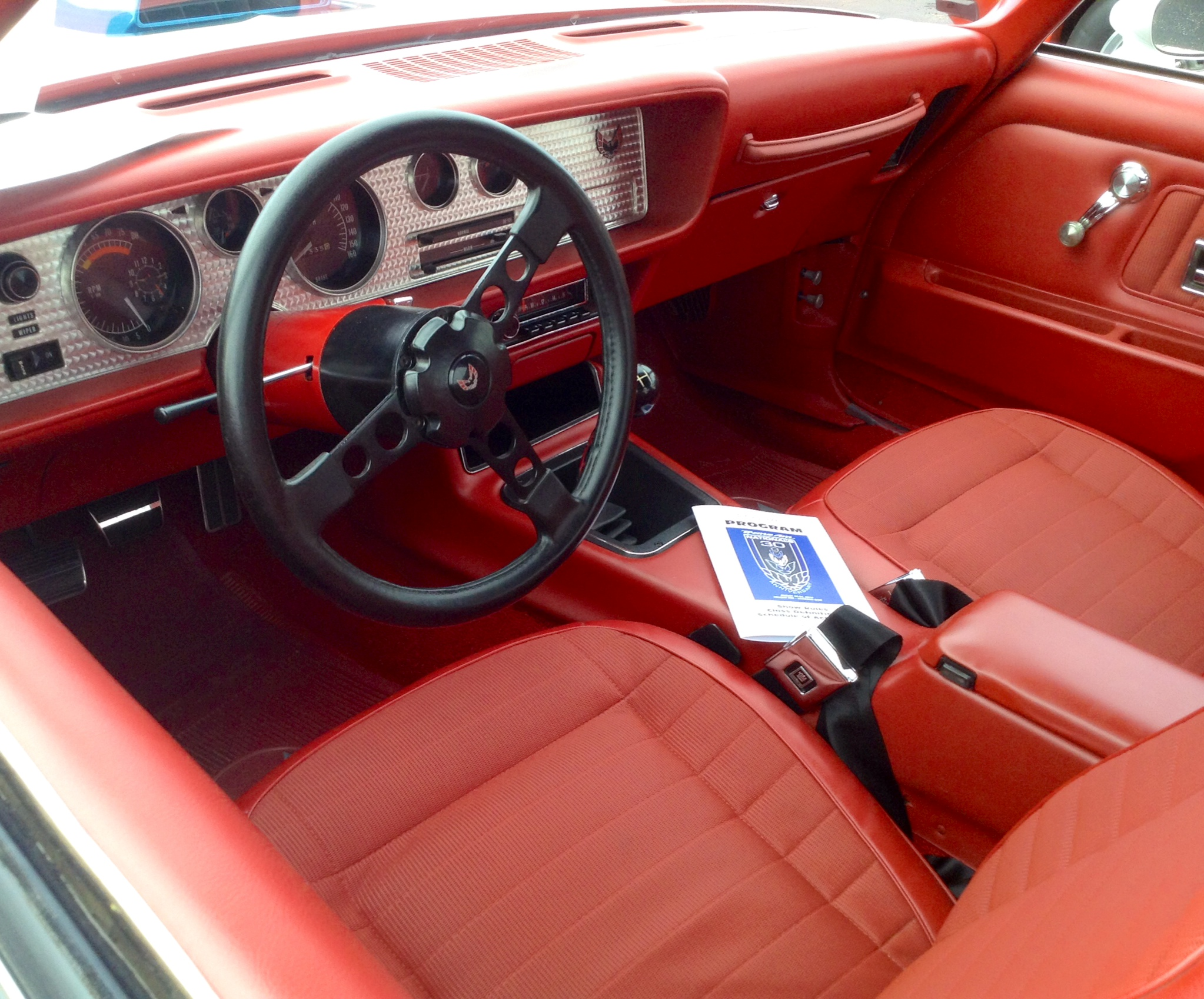 Larry Red interior